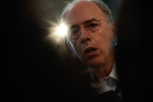 Uma luz sobre as sociedades<br> de Pedro Parente