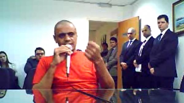 PF PROCURA VÍDEO DE ADVOGADO COM FINANCIADOR DE ADÉLIO