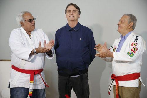 Bolsonaro mais perto da faixa