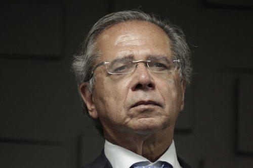 A resistência de Paulo Guedes