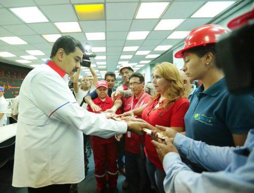 O tempo a favor de Maduro