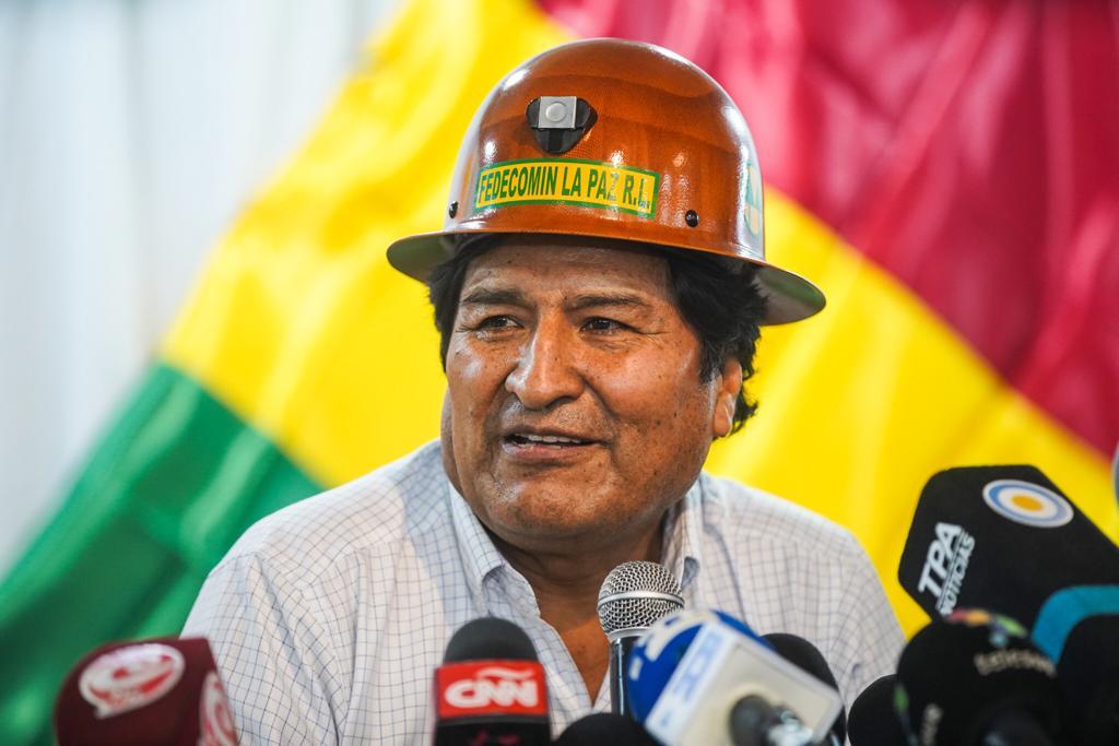 Evo Morales ordena bloqueio de estradas e corta oxigênio para pacientes com Covid na Bolívia