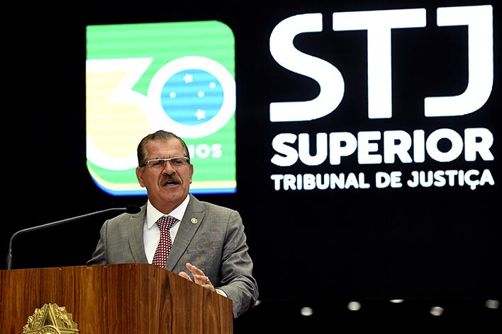 Quem é Humberto Martins, ministro que substitui Noronha na presidência do STJ