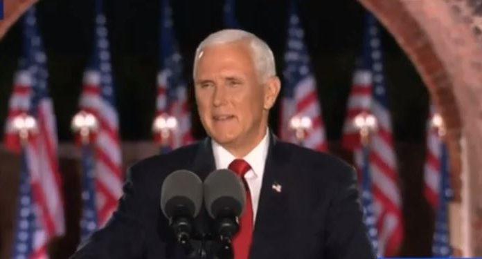 Candidato a vice novamente, Mike Pence aproxima Trump dos evangélicos