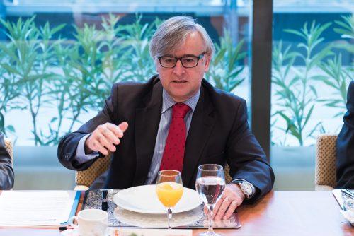 'A confiança no Brasil foi perdida'